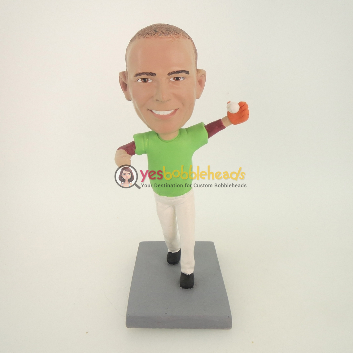 Picture of Custom Bobblehead Doll: Man Catching Baseball