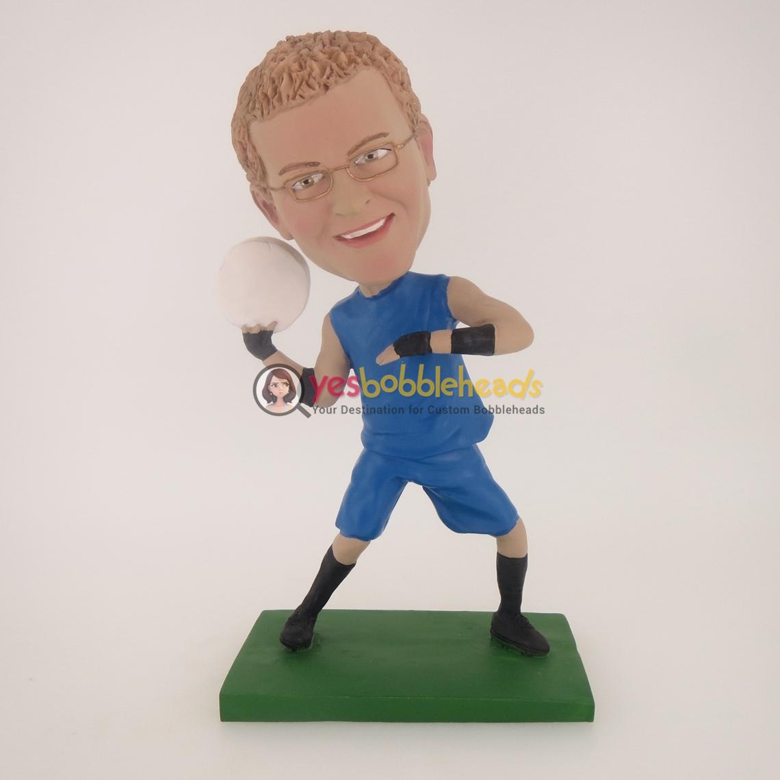 Picture of Custom Bobblehead Doll: Man Swing Softball