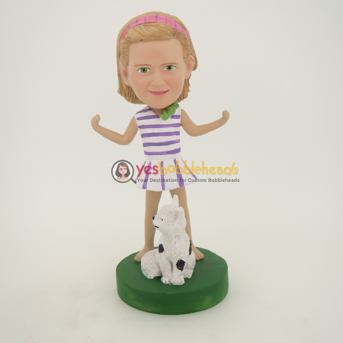 Picture of Custom Bobblehead Doll: Girl And Cat
