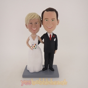 Picture of Custom Bobblehead Doll: Arm Behind Each Other Wedding Couple