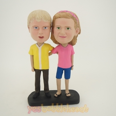 Picture of Custom Bobblehead Doll: Arm Behind Each Other Young Couple