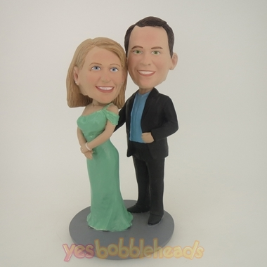 Picture of Custom Bobblehead Doll: Arm Behind Woman