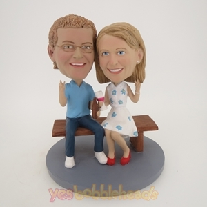 Picture of Custom Bobblehead Doll: Bench Sitting Couple