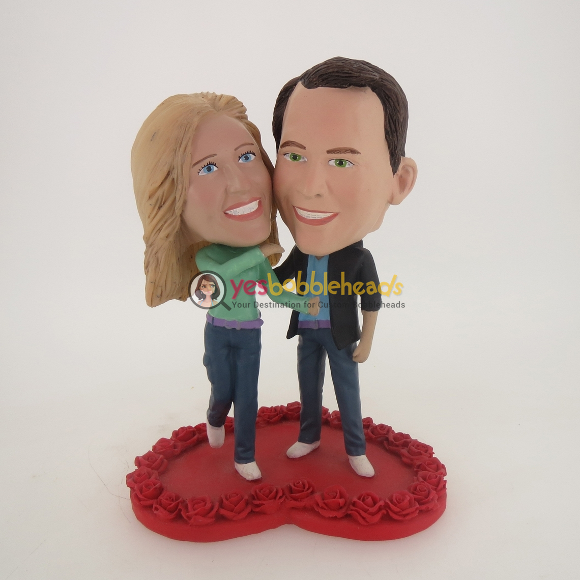 Picture of Custom Bobblehead Doll: Couple On Heart