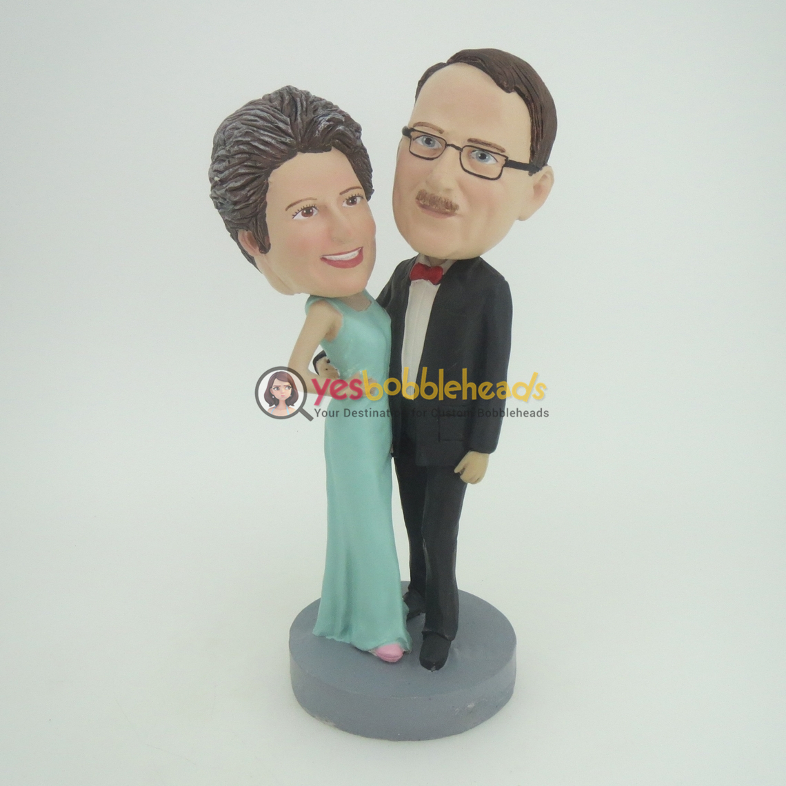 Picture of Custom Bobblehead Doll: Dancing Mother and Father
