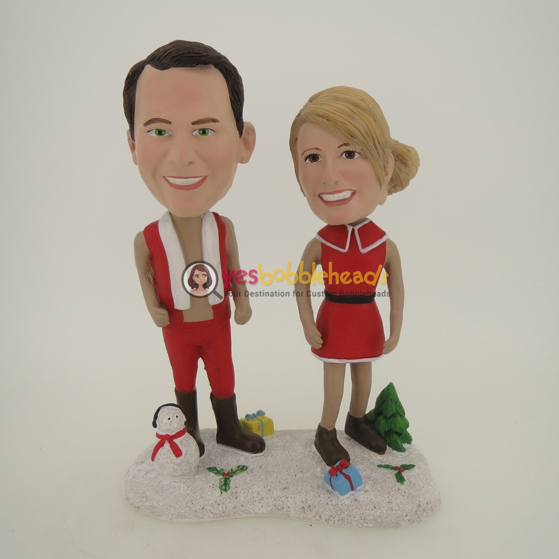 Picture of Custom Bobblehead Doll: Happy Christmas Couple