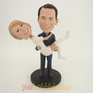 Picture of Custom Bobblehead Doll: Man Holding Woman