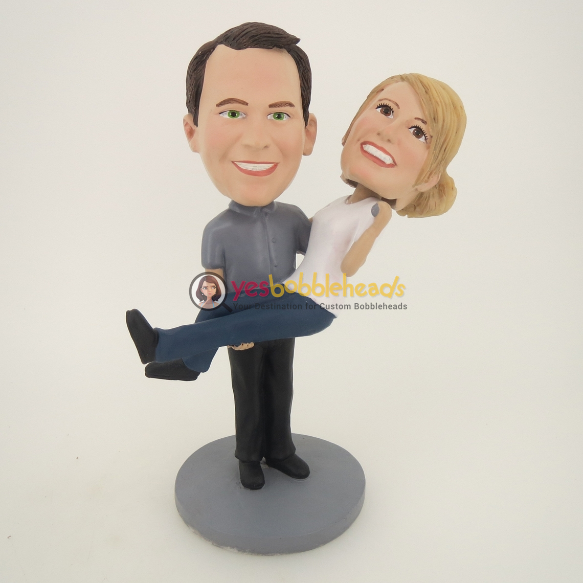 Picture of Custom Bobblehead Doll: Man Holds Woman