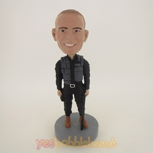 Picture of Custom Bobblehead Doll: Armed Policeman