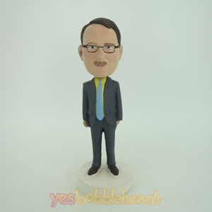 Picture of Custom Bobblehead Doll: Business Man With Formal Style