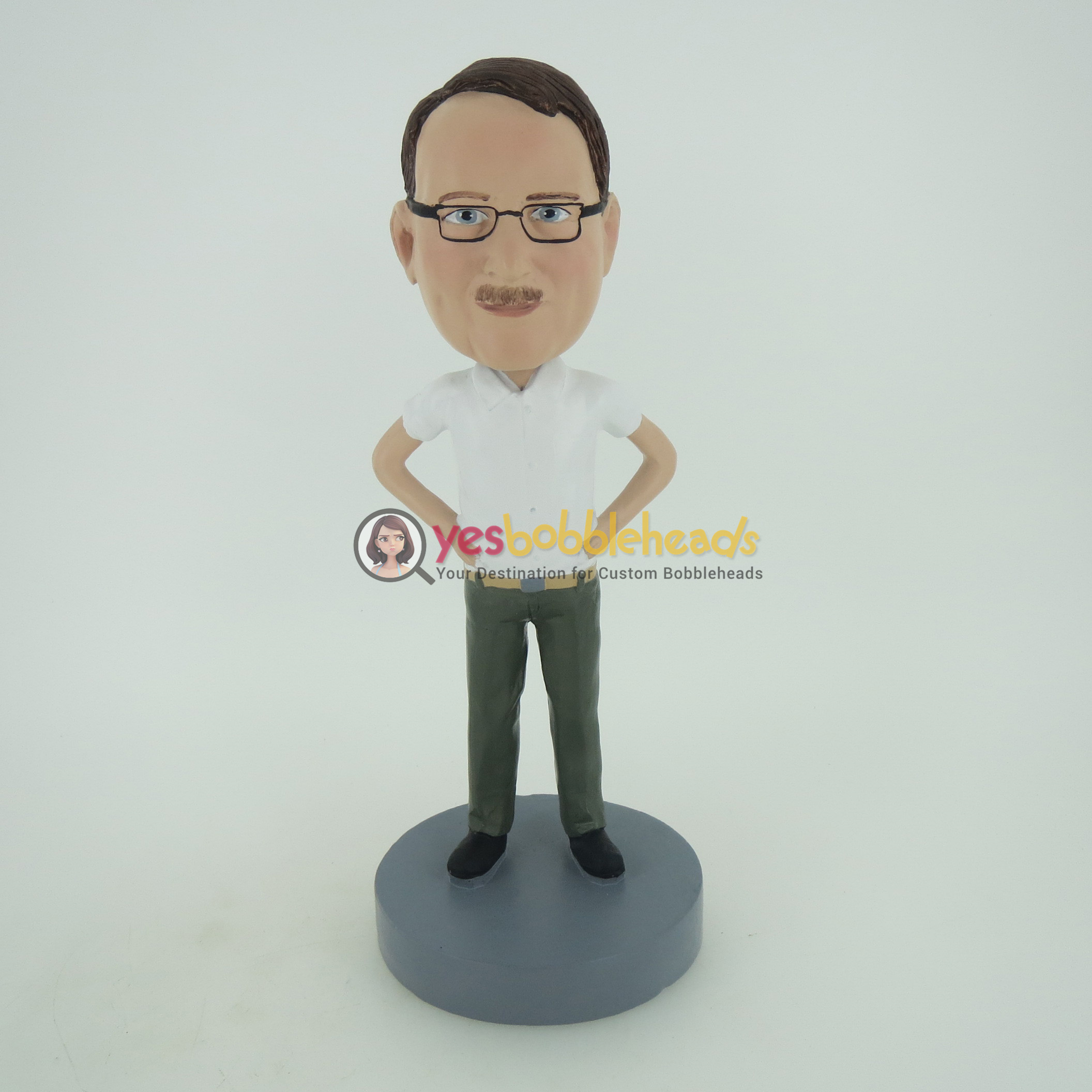 Picture of Custom Bobblehead Doll: Casual Man With Arms Akimbo