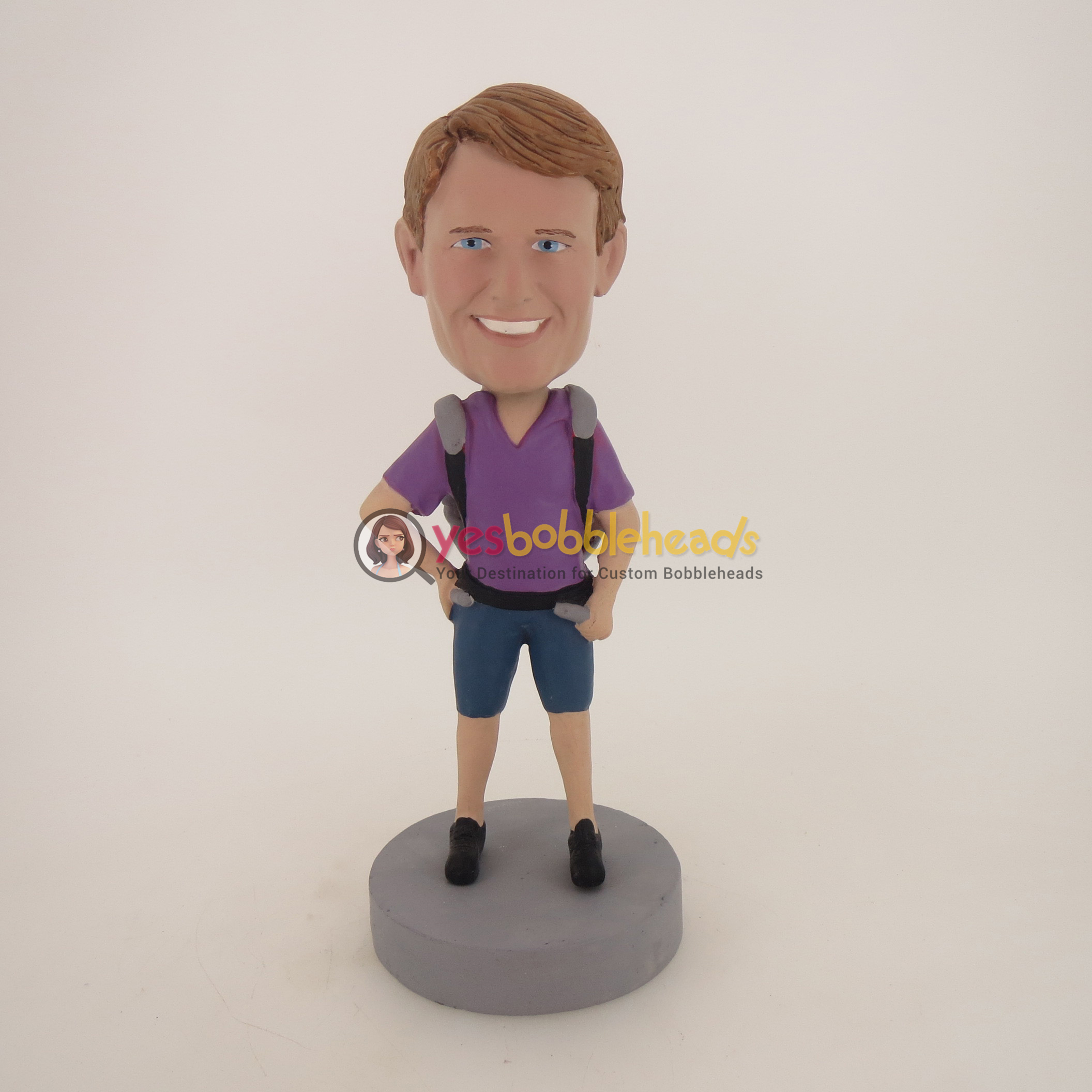 Picture of Custom Bobblehead Doll: Casual Man With Bags