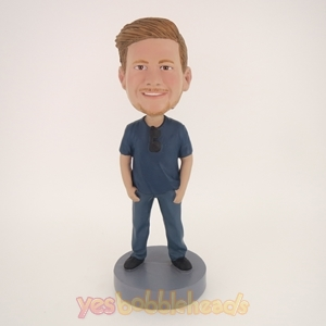 Picture of Custom Bobblehead Doll: Casual Man With Glass On The Collar