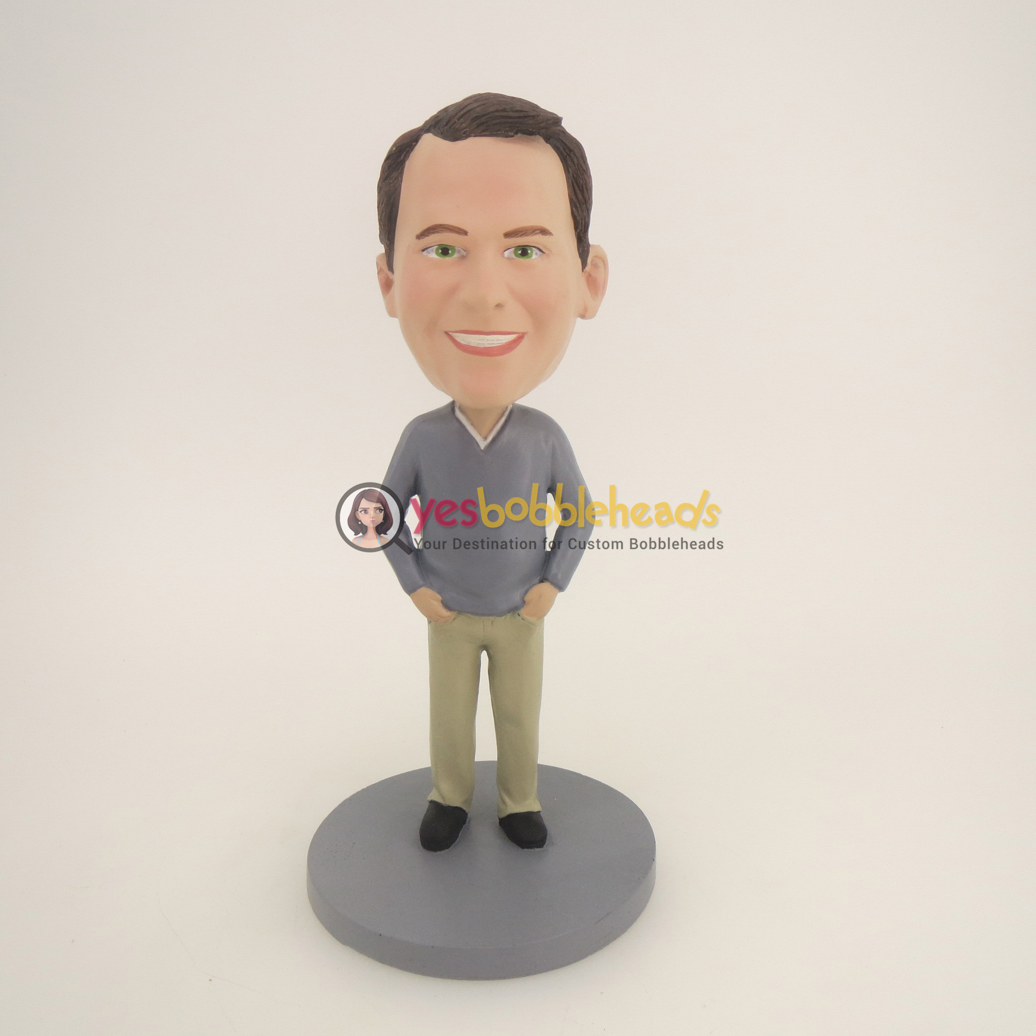 Picture of Custom Bobblehead Doll: Casual Man With Nice Smiling