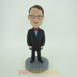 Picture of Custom Bobblehead Doll: Man In Bigger Coat With Bow