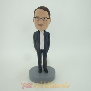 Picture of Custom Bobblehead Doll: Man In Blue With Glass
