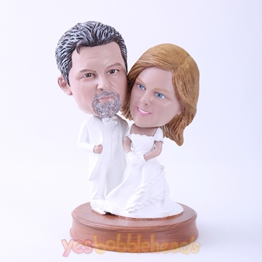 Picture of Custom Bobblehead Doll: Bride and Groom in Pure White