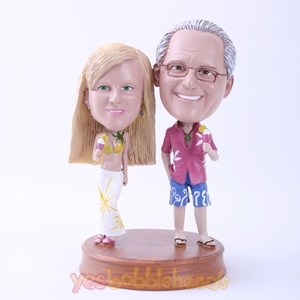 Picture of Custom Bobblehead Doll: Happy Couple on Summer Beach