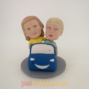 Picture of Custom Bobblehead Doll: Driving Couple Kids