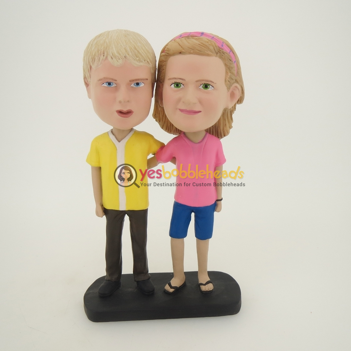 Picture of Custom Bobblehead Doll: Arms Behind Each Other Kids Couple