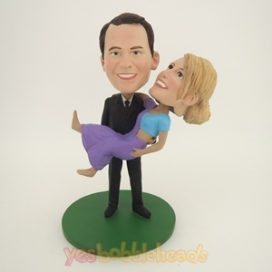 Picture of Custom Bobblehead Doll: Groom Holding Bride High Wedding Couple