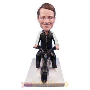 Picture of Custom Bobblehead Doll: Man Riding Harley Davidson