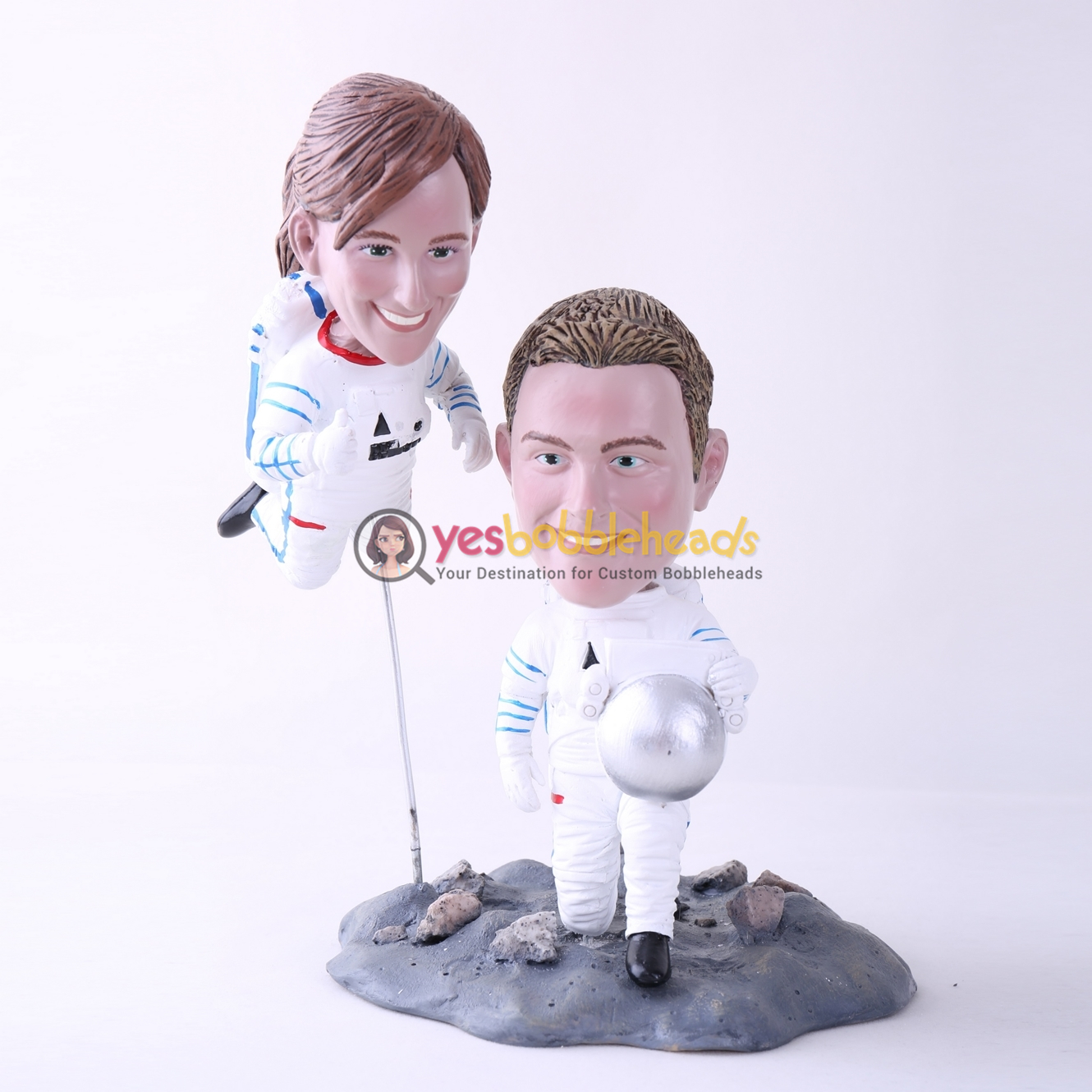 Picture of Custom Bobblehead Doll: Astronaut Couple