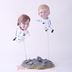 Picture of Custom Bobblehead Doll: Astronaut Mother & Son