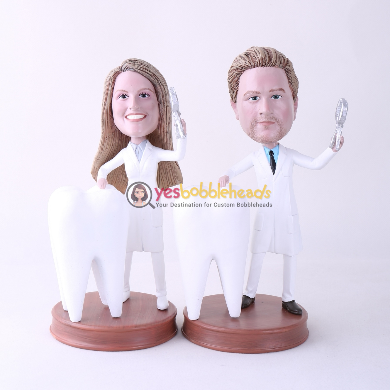 Picture of Custom Bobblehead Doll: Male Dentist & Female Dentist