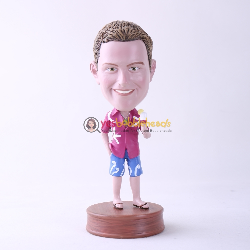 Picture of Custom Bobblehead Doll: Casual Man Holding Ice Cream