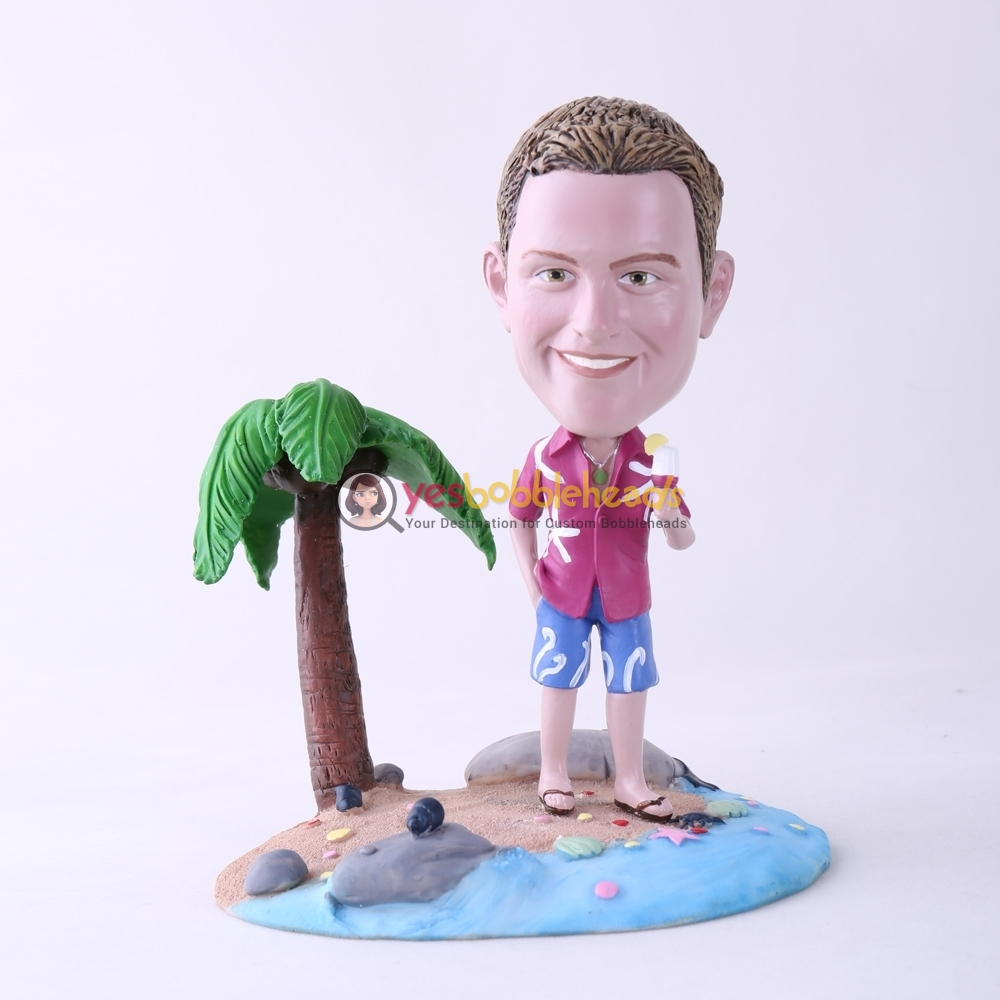 Picture of Custom Bobblehead Doll: Casual Man Holding Ice Cream On Beach
