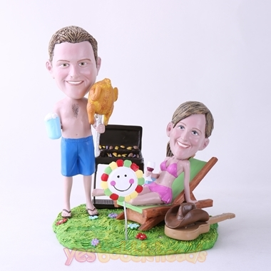 Picture of Custom Bobblehead Doll: BBQ Theme Couple