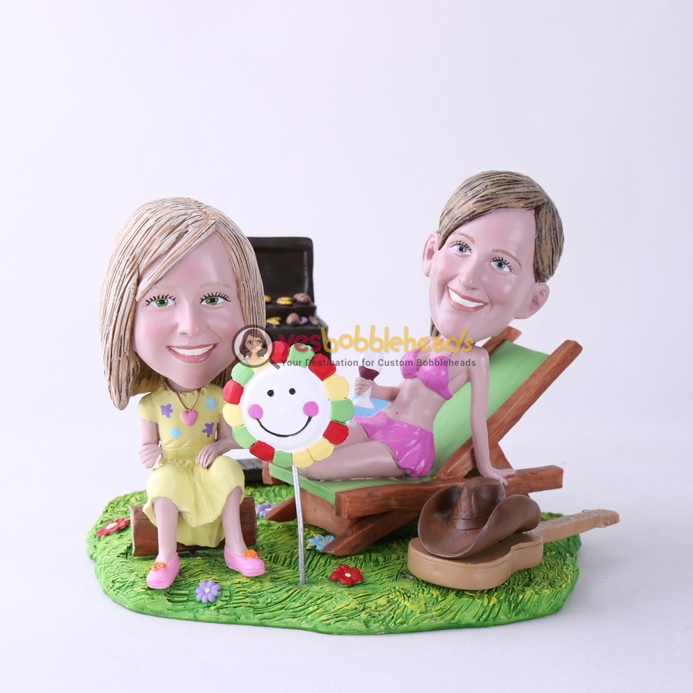 Picture of Custom Bobblehead Doll: BBQ Theme Mother & Daughter