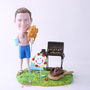 Picture of Custom Bobblehead Doll: BBQ Theme Man Holding Roast Chicken