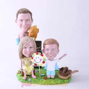 Picture of Custom Bobblehead Doll: BBQ Theme Father & Daughter & Son