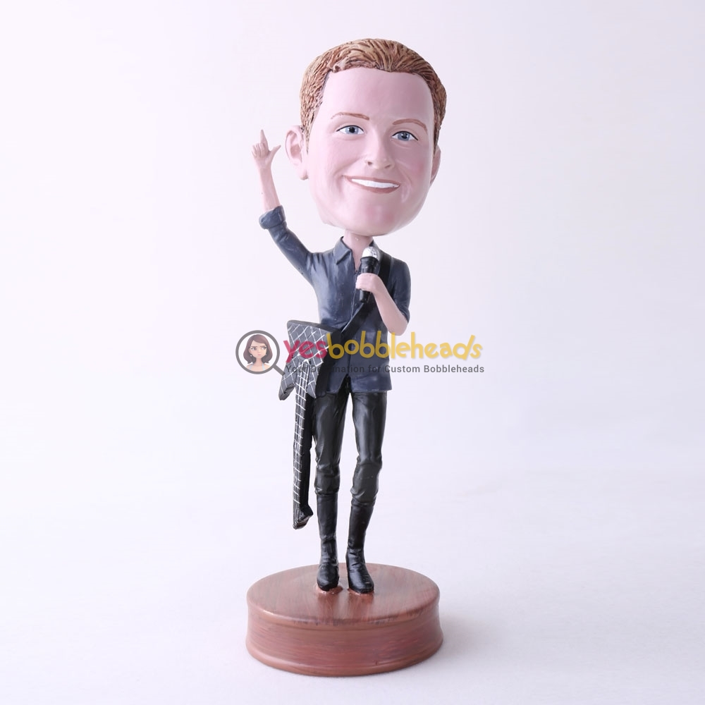 Picture of Custom Bobblehead Doll: Singing Man With A Guitar