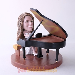 Picture of Custom Bobblehead Doll: Woman Playing Piano
