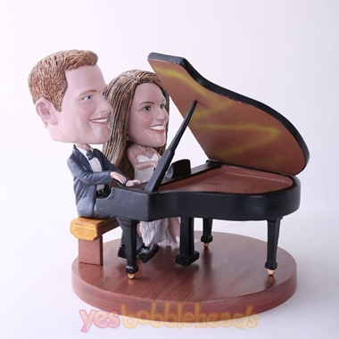 Picture of Custom Bobblehead Doll: Couple Playing Piano