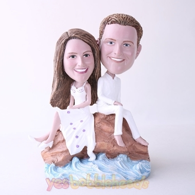 Picture of Custom Bobblehead Doll: Couple Sitting On Beach Stone
