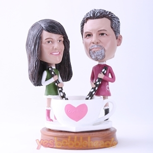 Picture of Custom Bobblehead Doll: Couple Playing with Love Cup